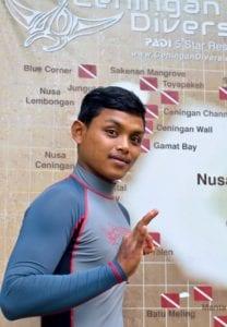 Ceningan Divers PADI Divemaster Internship Angga