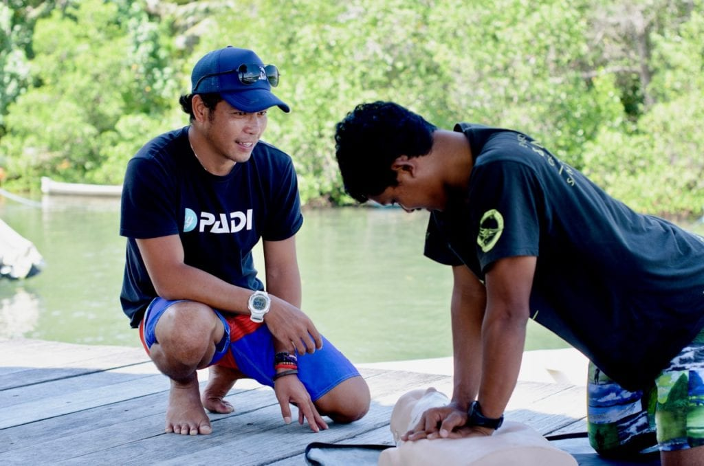 Ceningan Divers PADI Internship Rescue Diver Course1
